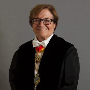 Excma. Sra. Dª. Elisa Pérez Vera