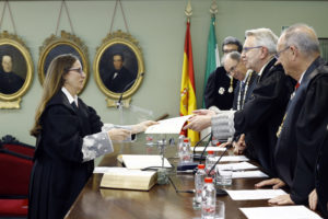 Recepción de la Ilma. Sra. Dª. Belén López Espada como Académica Correspondiente. Diploma.