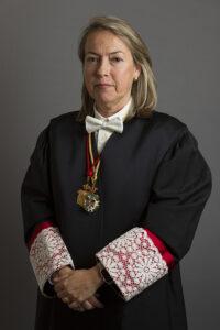 Excma. Sra. Dª. María del Carmen Senés Motilla, Bibliotecaria